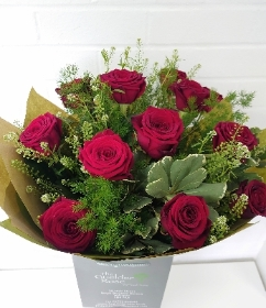 Valentines Day Dozen Red Roses